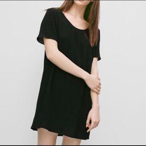 Aritzia Wilfred Free Teigen black dress size XS